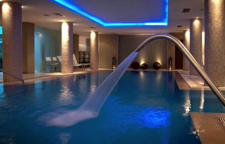 Uthgra Sasso - Pool - 4