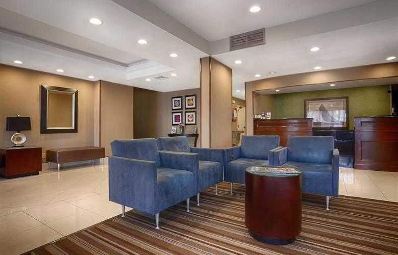 Best Western Plus Portsmouth-Chesapeake - Hotel - 29