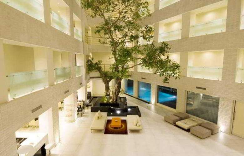 Avalon Courtyard - Hotel - 0