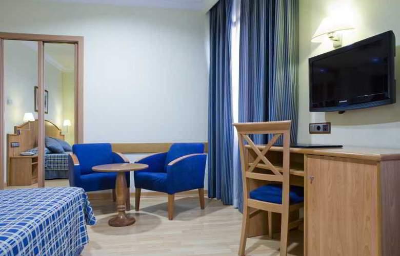 II Castillas Madrid - Room - 13
