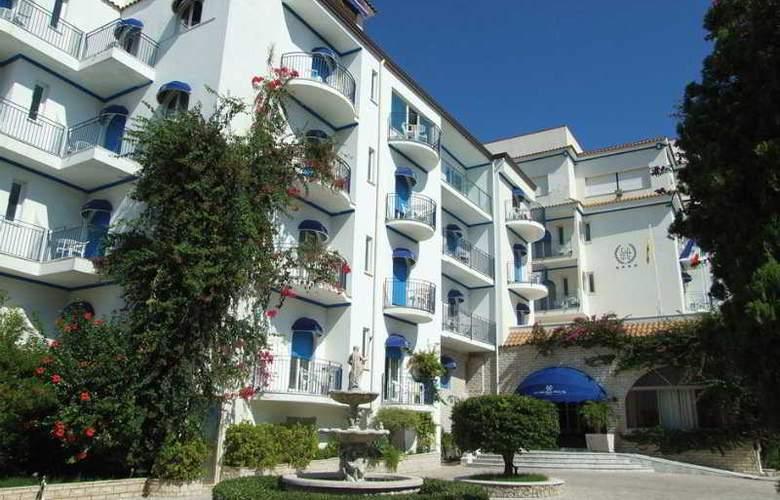 Sant Alphio Garden - Hotel - 0