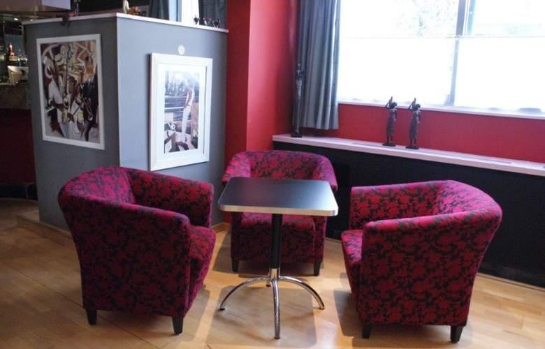 First Euroflat Hotel - Restaurant - 4