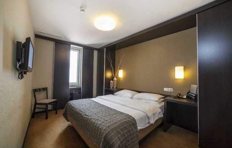 Expo Astoria - Room - 2