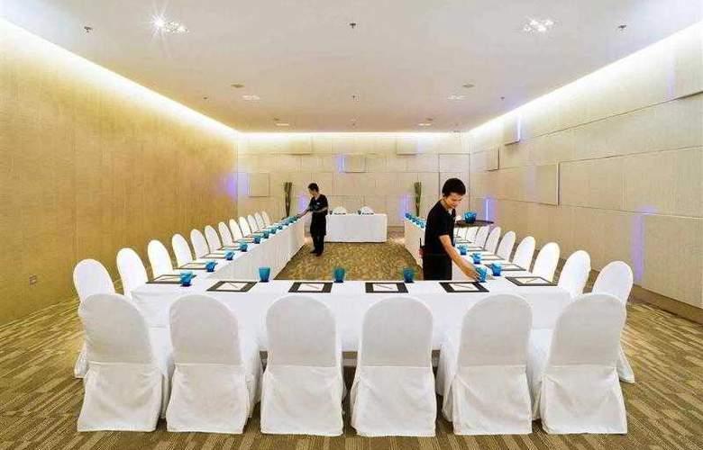 Pullman Pattaya Aisawan - Hotel - 8