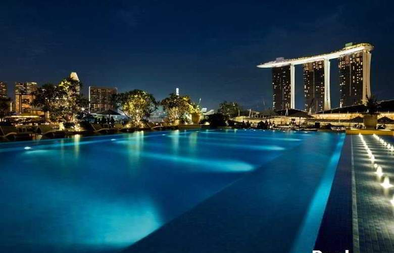 The Fullerton Bay Hotel Singapore - Pool - 7