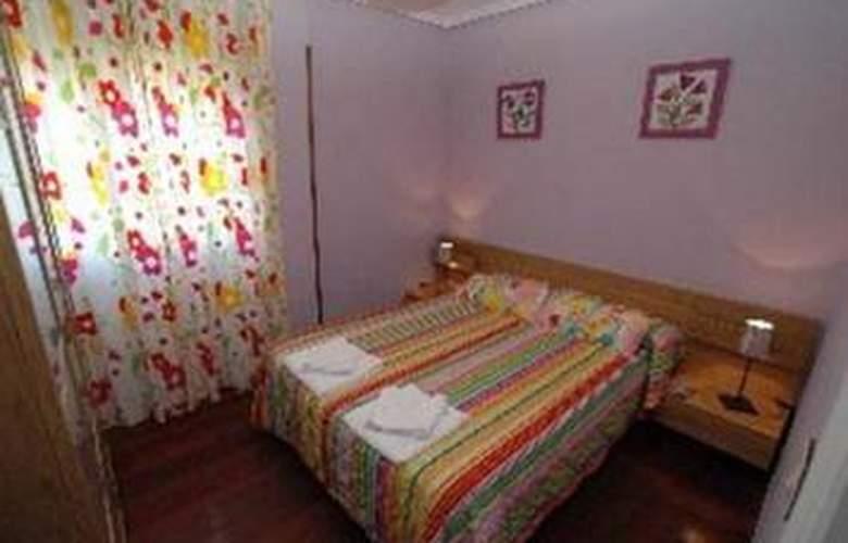 Apartamentos La Estrella - Room - 1