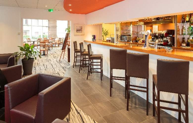 Holiday Inn Clermont - Ferrand Centre - Bar - 3