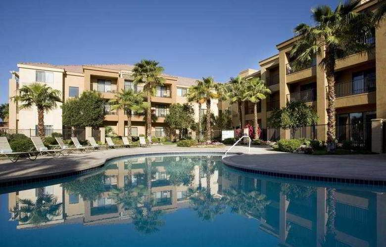 Courtyard by Marriott Palm Desert - Pool - 1