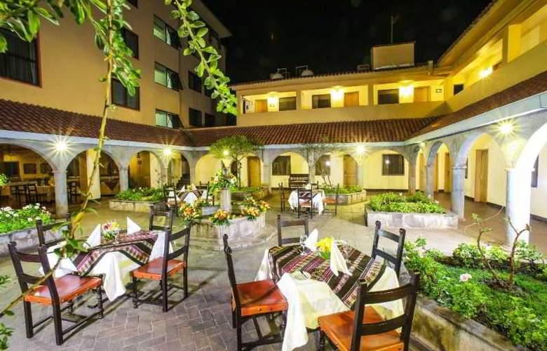 Jose Antonio Cusco - Restaurant - 5