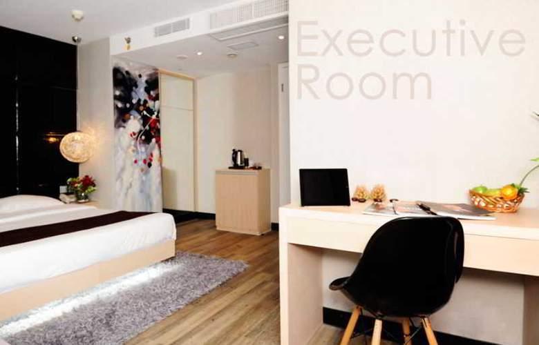M1 Hotel - Room - 8