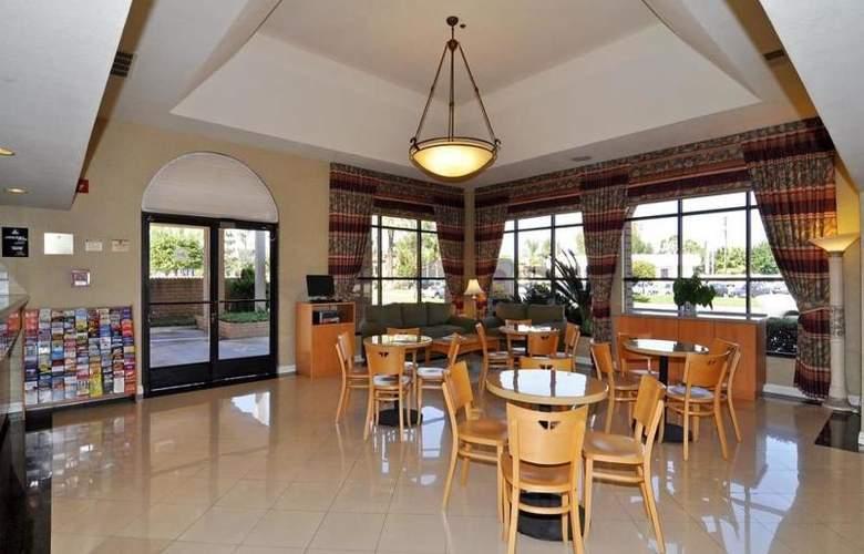 Best Western Norwalk Inn - Restaurant - 37