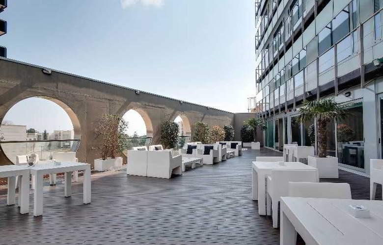 Rafael Hoteles Badalona - Terrace - 48