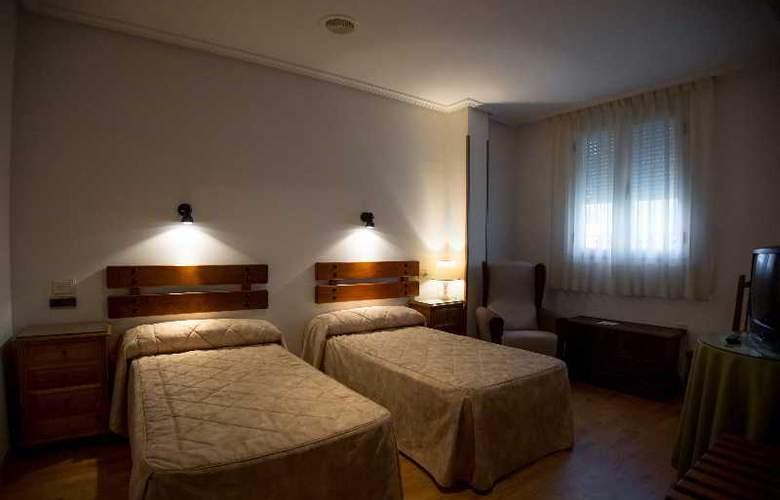 Los Perales - Hotel - 7
