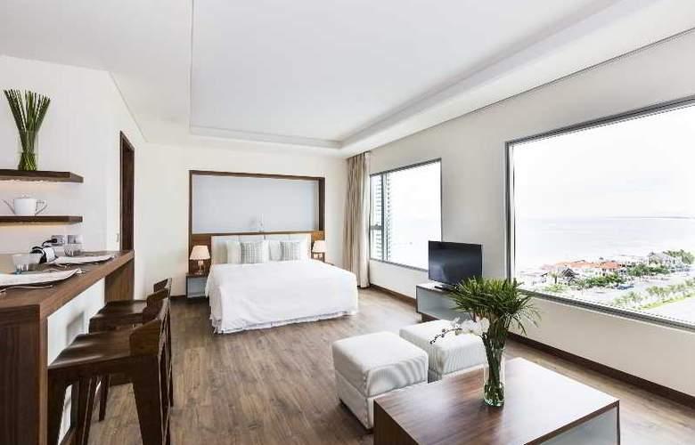A La Carte Danang Beach - Room - 11