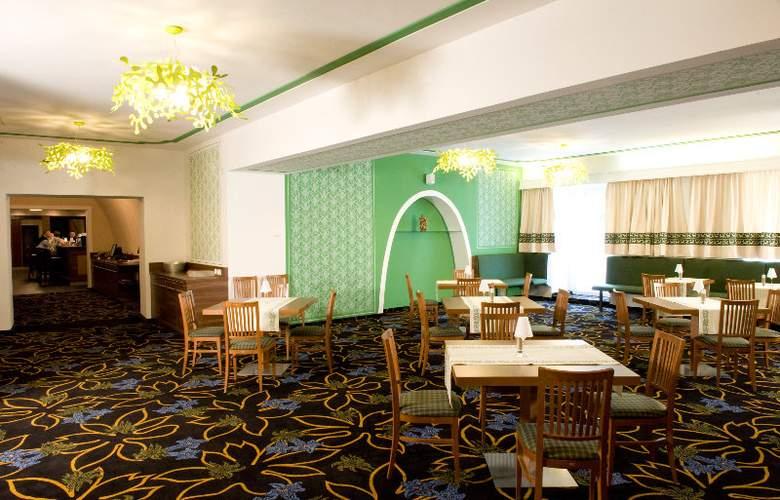 Aktivhotel Weisser Hirsch - Restaurant - 3