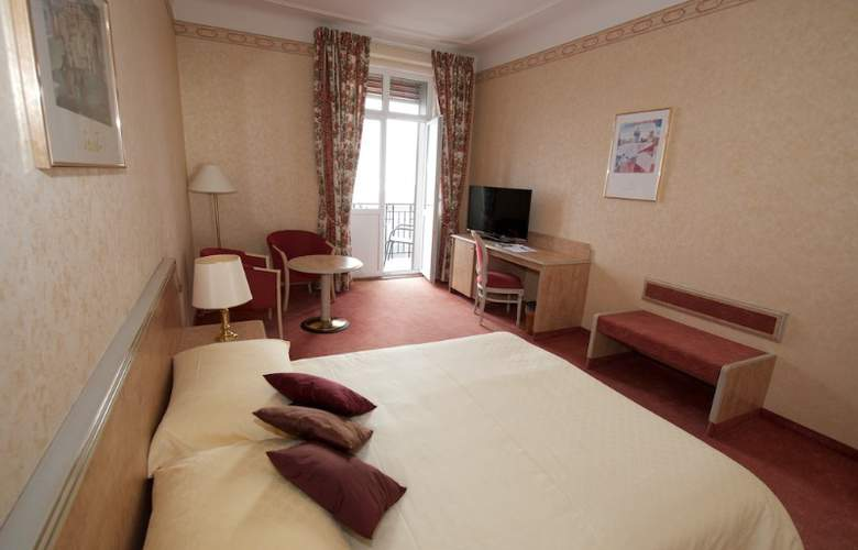 Grand Hotel Des Rasses - Hotel - 2