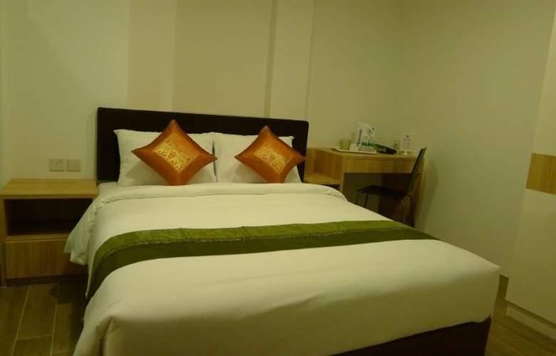 Soluxe Inn - Room - 2