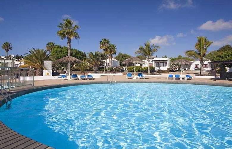 Playa Limones - Pool - 8