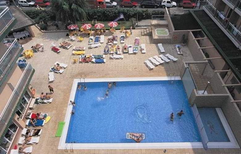 Festa Brava - Pool - 5
