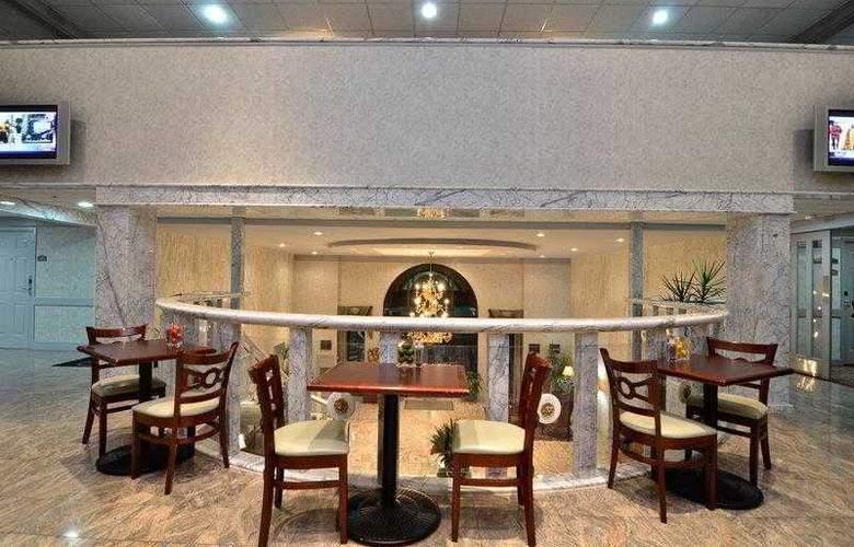 Best Western Plus Concordville Hotel - Hotel - 2