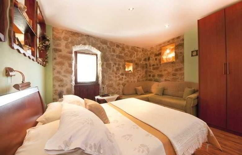 Apartment Sara - Room - 8