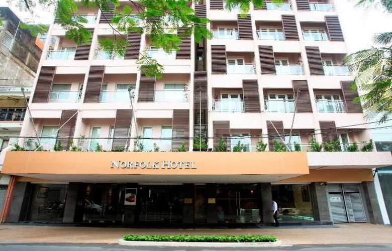 Norfolk Hotel - Hotel - 9