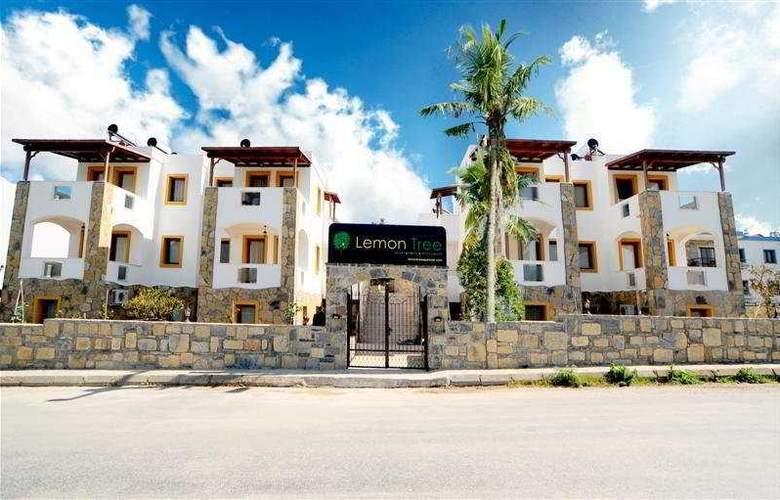 Lemon Tree Apart Hotel - Hotel - 0
