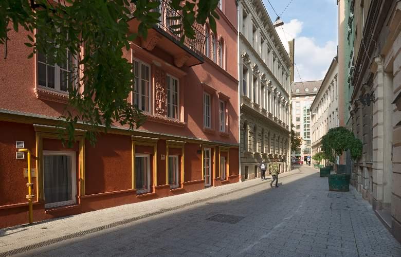 Bastion Hotel Budapest - Hotel - 0