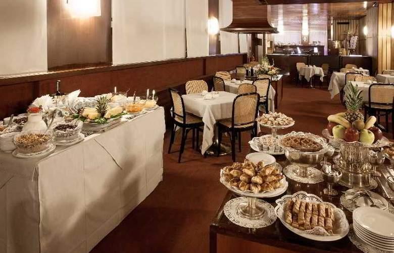 Grand Hotel Elite - Restaurant - 11