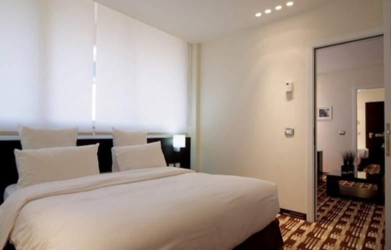 Le Cavalier - Room - 9