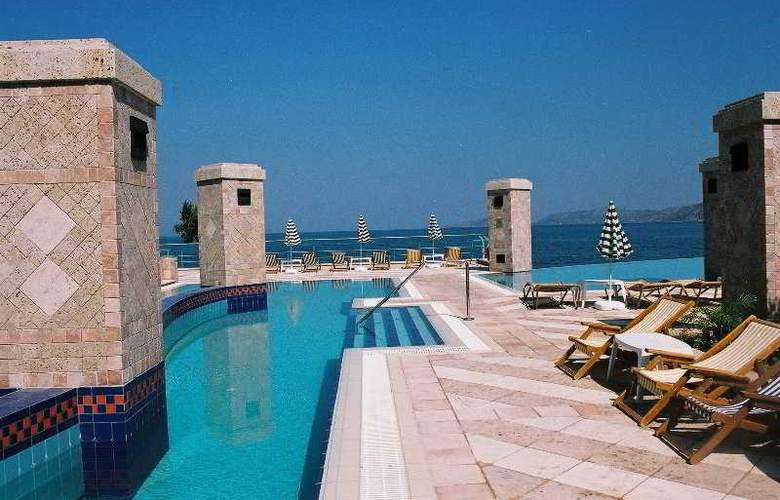 Club Hotel Casino Loutraki - Pool - 8