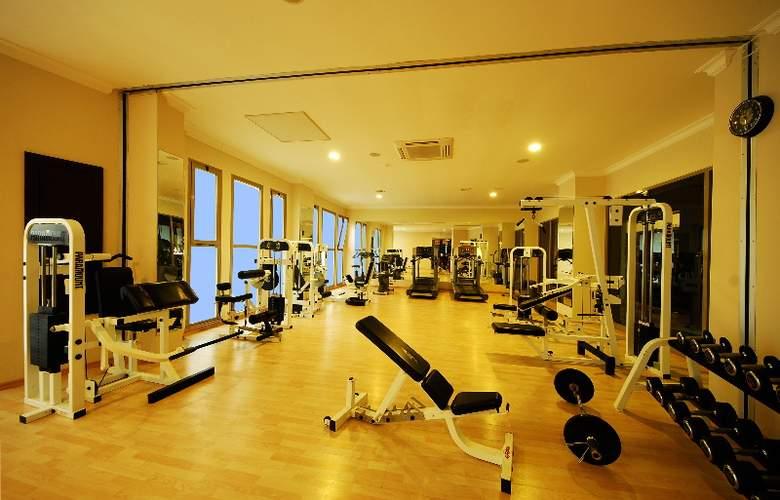Grand Pasa Hotel - Sport - 9