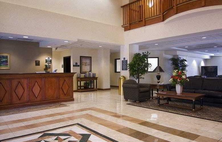 Best Western Plus Coyote Point Inn - Hotel - 2
