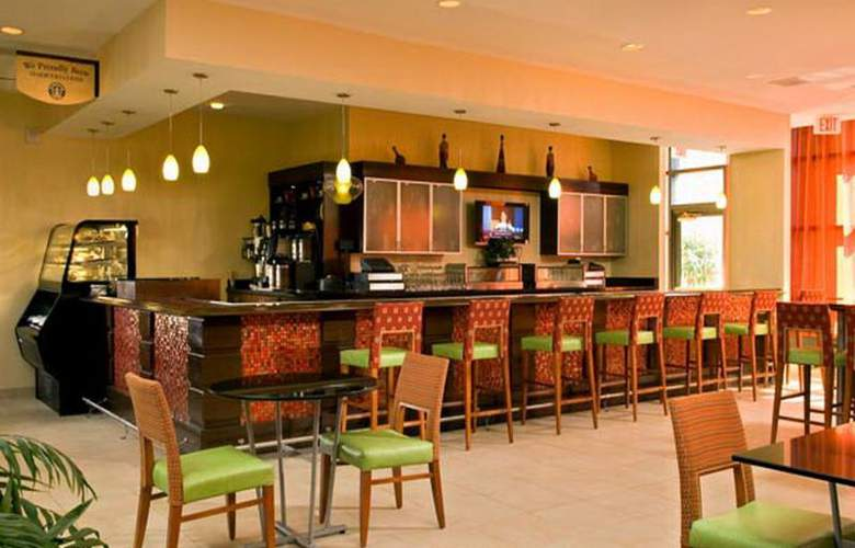 Marriott Albany - Bar - 8