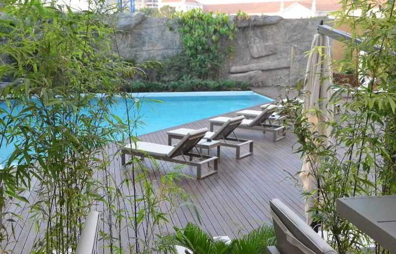 Tropico - Pool - 8