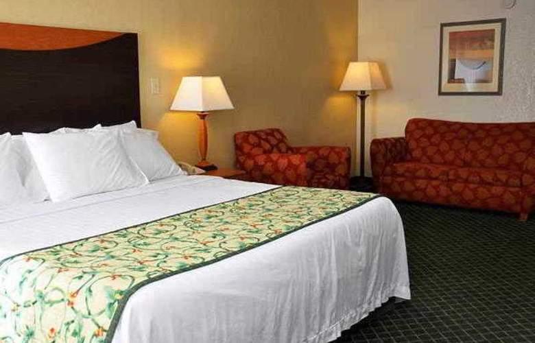 Fairfield Inn & Suites Atlanta Vinings - Hotel - 25