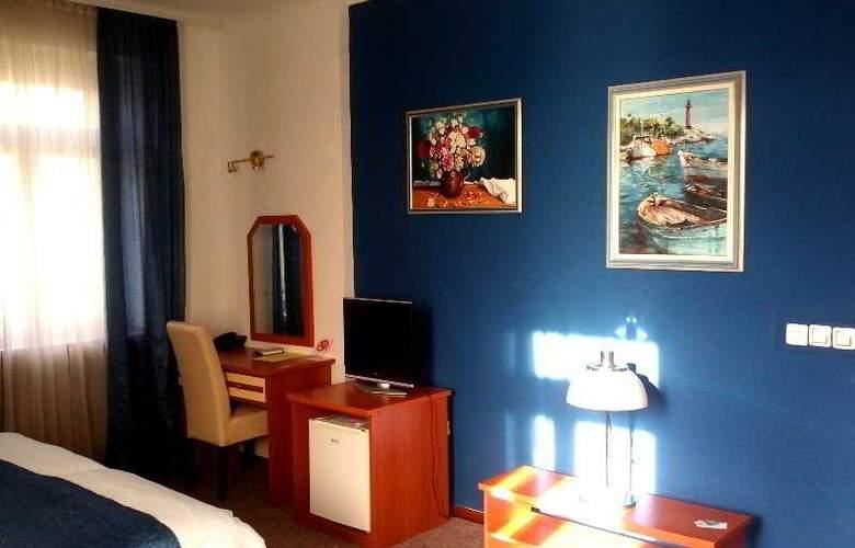Leotar - Room - 16