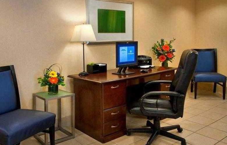 Fairfield Inn Portsmouth Seacoast - Hotel - 8