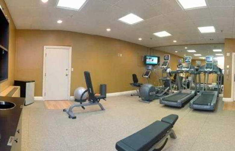 DoubleTree by Hilton Hotel Downtown Wilmington - Legal District - Sport - 2