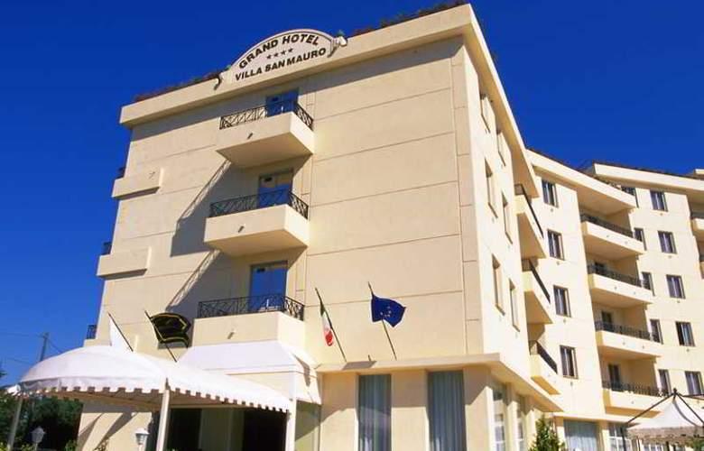 NH Villa San Mauro - Hotel - 9