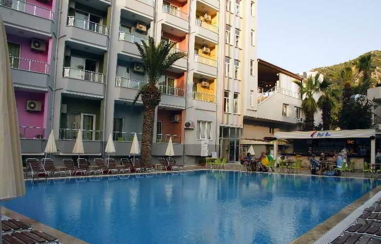 Vela Hotel - Pool - 6