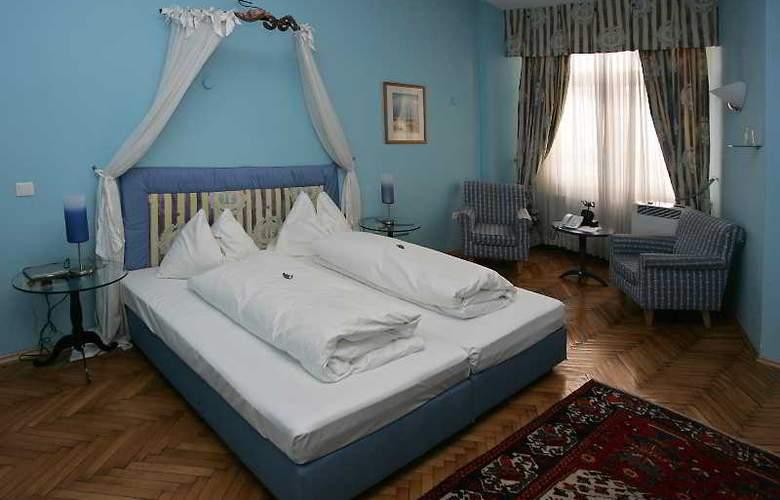 Hotel Zum Dom - Palais Inzaghi - Room - 4