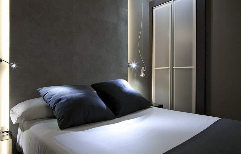 Zenit Conde de Orgaz - Room - 17