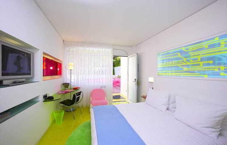 Semiramis - Room - 10