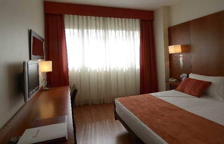 Xon's Valencia - Room - 6