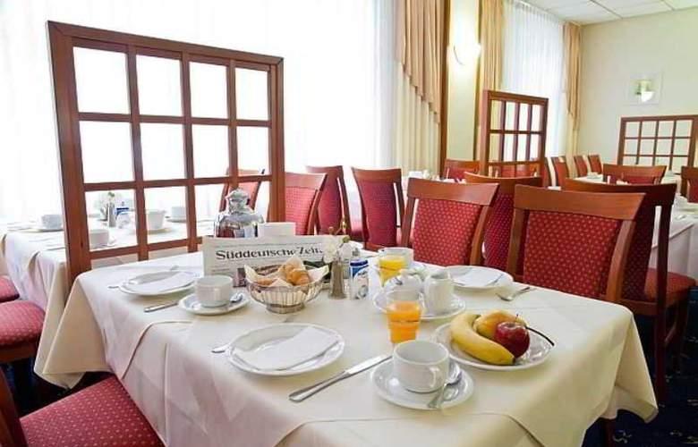 Novina Sudwestpark Hotel - Restaurant - 15