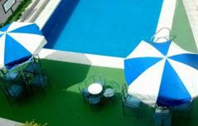 Real de Minas Inn Queretaro - Pool - 5