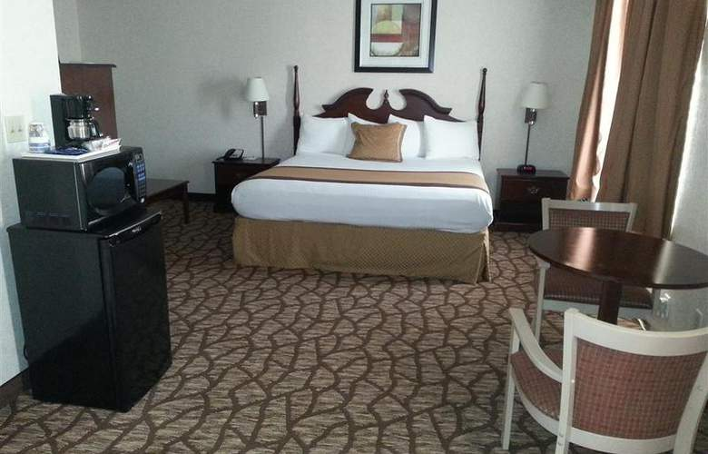 Best Western Joliet Inn & Suites - Pool - 141