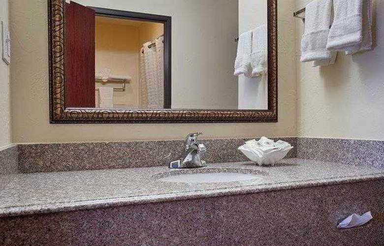 Best Western Greentree Inn & Suites - Hotel - 53