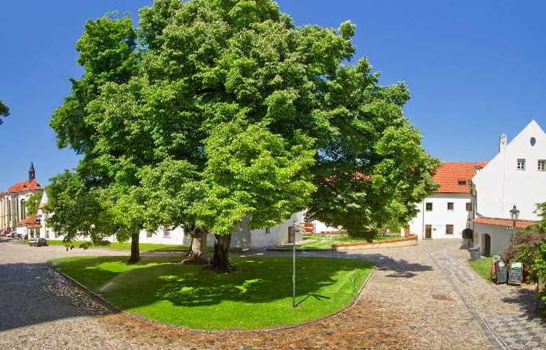 Monastery Garden - Room - 18